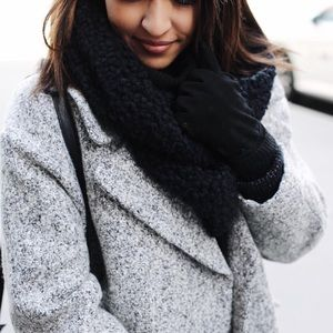 Urban Outfitters Chunky Infinity Scarf